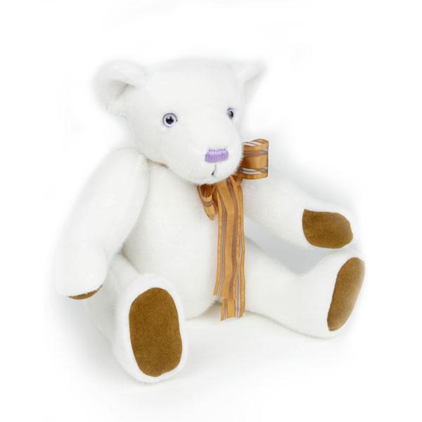 Alexia-Naumovic-Ours-singulier-peluche-blanc-8090